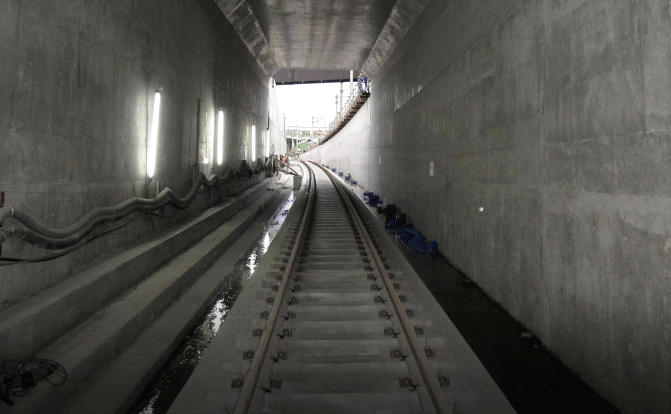 相鉄・JR直通西谷トンネル工事